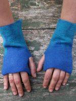 Χειροποίητα γυναικεία γάντια από φελτ σε αποχρώσεις τού μπλε