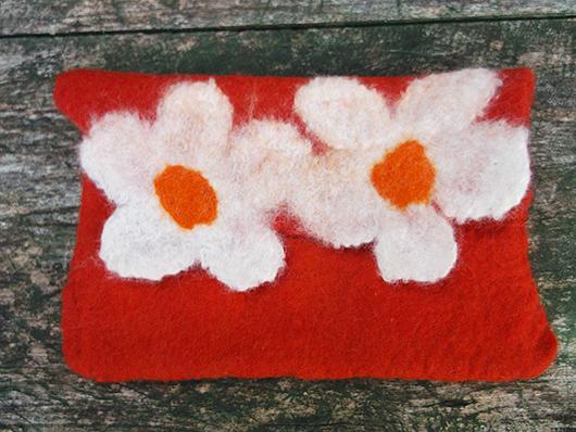 Πορτοφόλι με λουλούδια από φελτ σε πορτοκαλί και άσπρο χρώμα